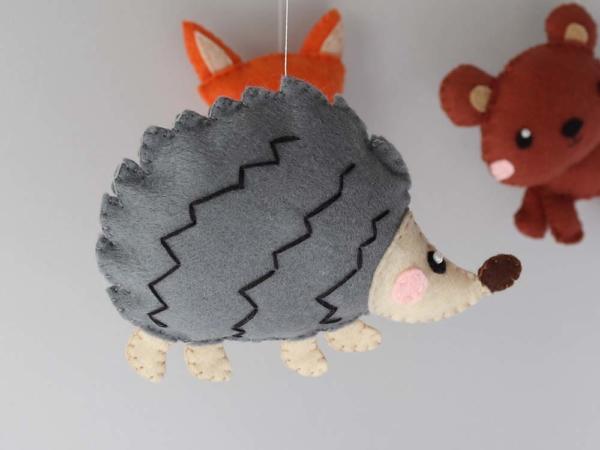 Baby mobile woodland animals theme, felt hedgehog