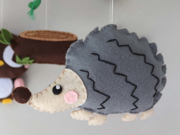 Baby mobile woodland animals theme, felt hedgehog
