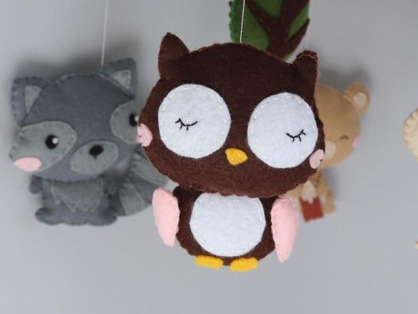 Baby mobile woodland animals theme, felt owl