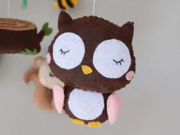 Baby mobile woodland animals theme, felt owl