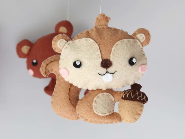 Baby mobile woodland animals theme, felt squirrel