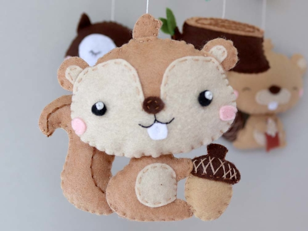 Baby mobile woodland animals theme, felt squirrel