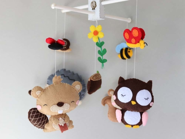 forest animal felt mobile hanging position
