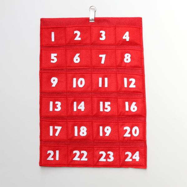felt advent calendar with 24 pockets