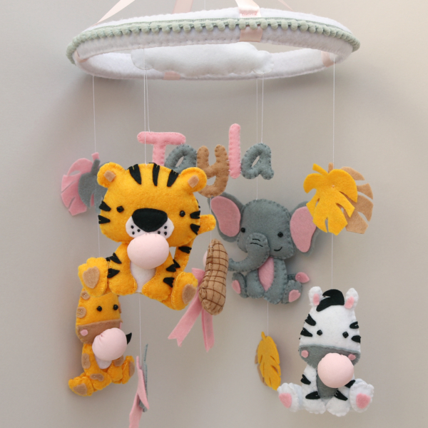 bubblegum safari animals baby mobile