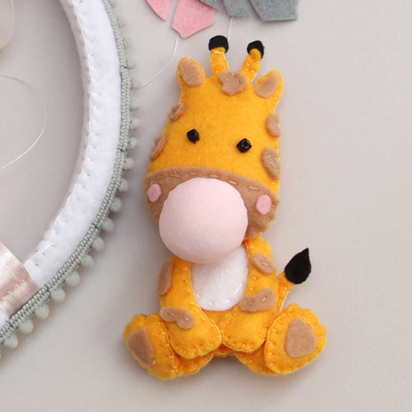 felt giraffe with bubble gum