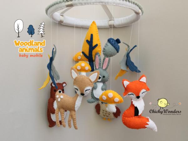 Woodland nursery baby mobile